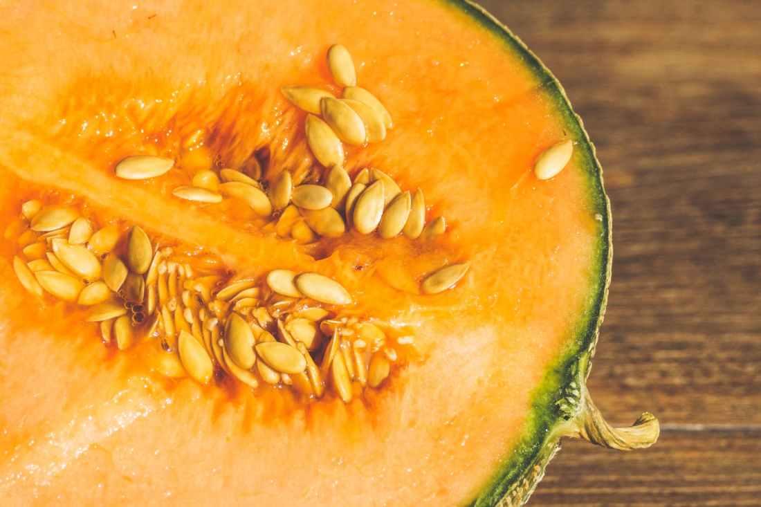sliced melon